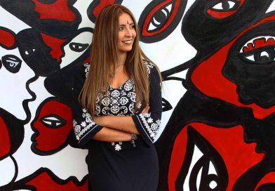 La artista colombiana Juliana Plexxo invitada en Wynwood Art District de Miami para pintar un mural